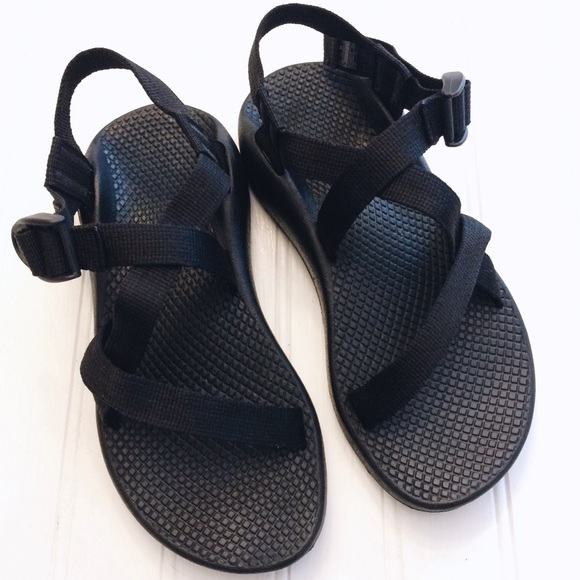 7219dbf940a1 Chaco Shoes - Chaco classic Z 1 strappy black sandals